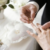 华人留学生假结婚被发现:法官是这样判的