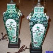 (ZT)一边过年,一边淘宝,收藏了一对墨地素三彩花瓶灯座