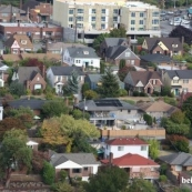 西雅图房价涨势依旧 东区及国会山房价破纪录