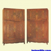 清代家具:黄花梨雕云龙纹大四件柜