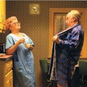 父母老了,以后夜里不能手机静音……|| 鸟老师 麦子熟了