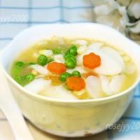 虾仁辣白菜年糕汤
