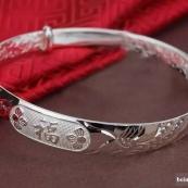 男女都应该戴一件银饰在身上,告诉你为什么!