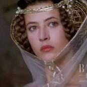 中国服饰专栏 古代的女人连头上的发髻也要穿金戴银