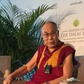 达赖喇嘛来演讲 中国留学生:我还是挺想听听(图)