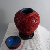 清剔红人物花瓶MPH-1702