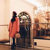 在男人眼中,背这款包包的女人最优雅  商务范