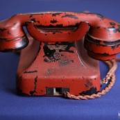 希特勒用这电话下令战争 24万美元拍出