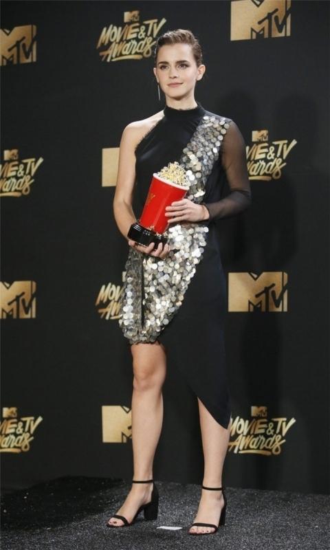 恭喜!艾玛华森拿下MTV电影电视大奖最佳电影演员,「演技不该以性别区分」 ... ...
