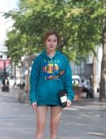 【滚叔街拍】9月26日,热出天际,抓住机会再秀一把腿 & VIZA VIZA杭州大厦店,叔要为 ...