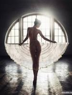 乌克兰摄影师镜头下的人体 简直可以媲美油画作品