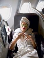 睡不好又干又晒的机舱 这样护肤度过难熬飞行