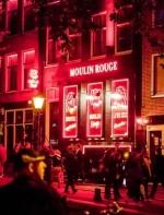 表面自由开放的阿姆斯特丹红灯区,也有着不为人知的黑暗内幕。 ...