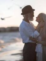 什么样的爱情能走到最后:就看这三个瞬间||英语发烧友聚集地 英语共读