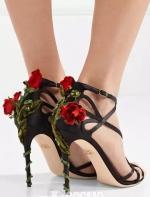 时髦办 | 这些高跟鞋,你爱不起恨不起还可能买不起~ Micobaby、loner 时尚COSMO