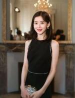"""在纽约有多少想成为""""奶茶妹妹""""的中国女孩?"""