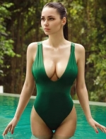 """身材最完美的超模,被誉为""""地球上穿比基尼最好看的美女"""" ..."""