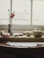 风尚话题:做一张桌子,需要一朵花