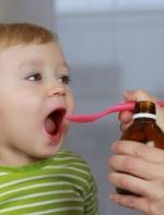 大人需妥善存放保健品 避免熊孩子过量服用
