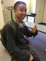 亚裔高中生被警方连开三枪击毙,只因拿了一支笔?|| 这里是美国