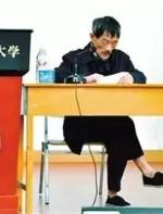"""穿布鞋,翘二郎腿,每天一斤二锅头,这位全中国最随性的""""乡村老人"""",凭什么成为华为 ..."""