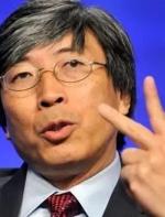他靠抗癌药成美国华人首富,身家100亿美元科比给他打工