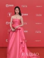 第20届上海国际电影节| 阿娇终于穿对美过天仙!杨幂竟比周迅更抢镜?|| 海报网