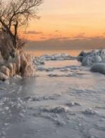 极寒一周造就多伦多湖滨天然奇幻冰景,举世无双