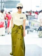 围观~本周最丑||王珞丹一件裙子穿出三个色被路人嘲!