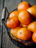 橘子不剥皮,直接在锅里炒 ?!剥开你会惊得合不拢嘴!