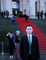 谁说中国老师无趣?他神似演员,手绘人体圈粉90后,还获国际设计大奖 ...