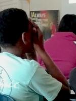 加州学校性教育课 场面尴尬学生羞得蒙脸