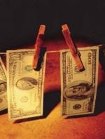 央视点名批评,海外乱投资有洗钱嫌疑,这家公司闪跌6.5%
