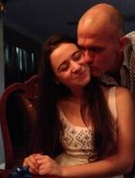 从西班牙骗来美国!21岁的她骗14岁妹妹来美 供丈夫性侵拍照... ...