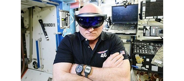 这个世界上最酷的宅男在太空呆了340天 今天他要回到地球了
