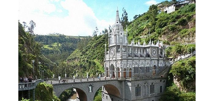 全球十二大最离奇的教堂