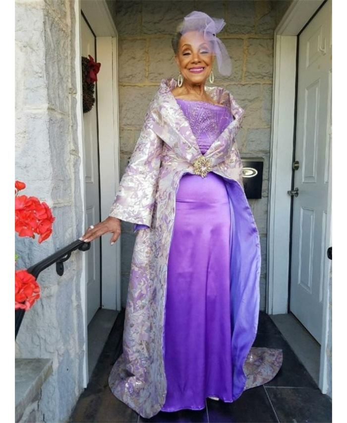 86岁超时髦老太太出嫁,网友们都变成迷弟迷妹了!