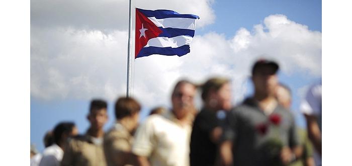 卡斯特罗去世几天后 美国50年来第一个飞哈瓦那的固定航班起飞了 ... ... ...