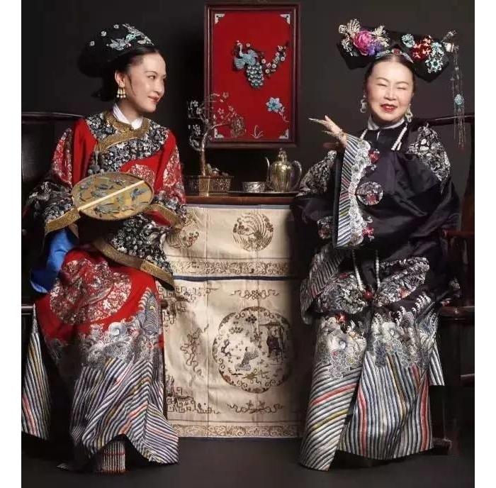 95后帅哥给外婆拍了组美炸的清宫照,刘嘉玲都迷上他,传承的魅力红遍世界 ... ... ... ...