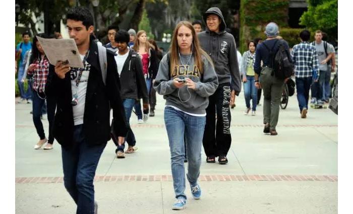"""加州大学正式开始限制""""州外学生""""!优先考虑居民,国际学生最吃亏!? ... ... ..."""