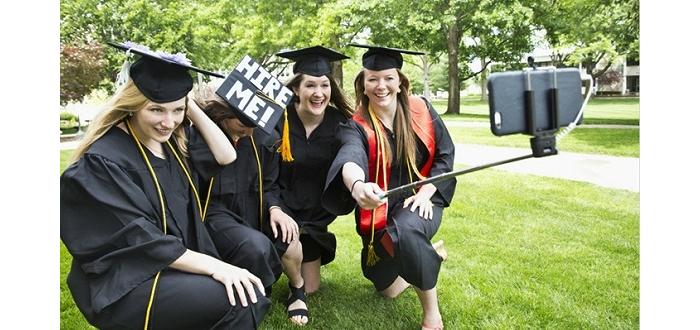 美国大学毕业生薪水不涨 学生贷违约人数飙升
